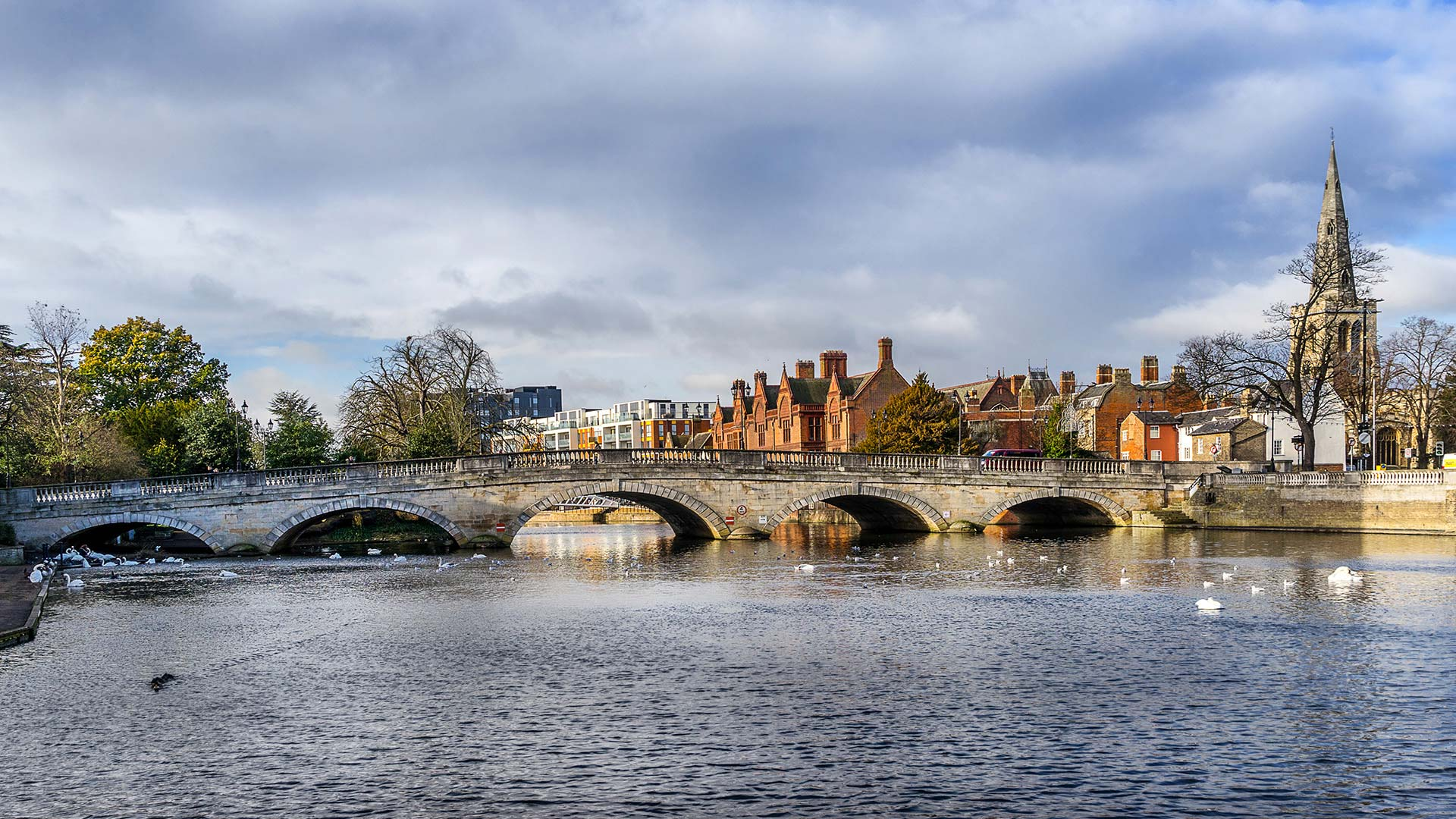 Panorama to illustrate dating in bedford