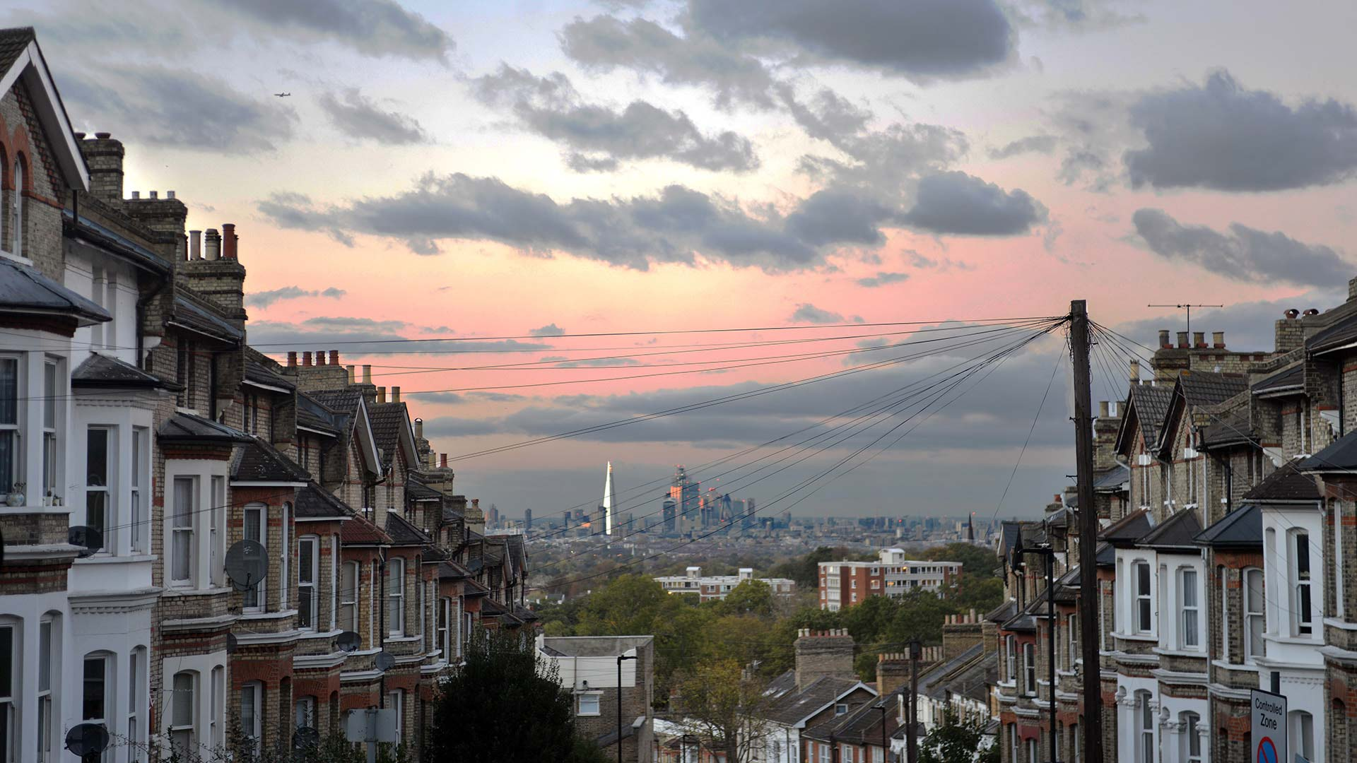 Panorama to illustrate dating in london