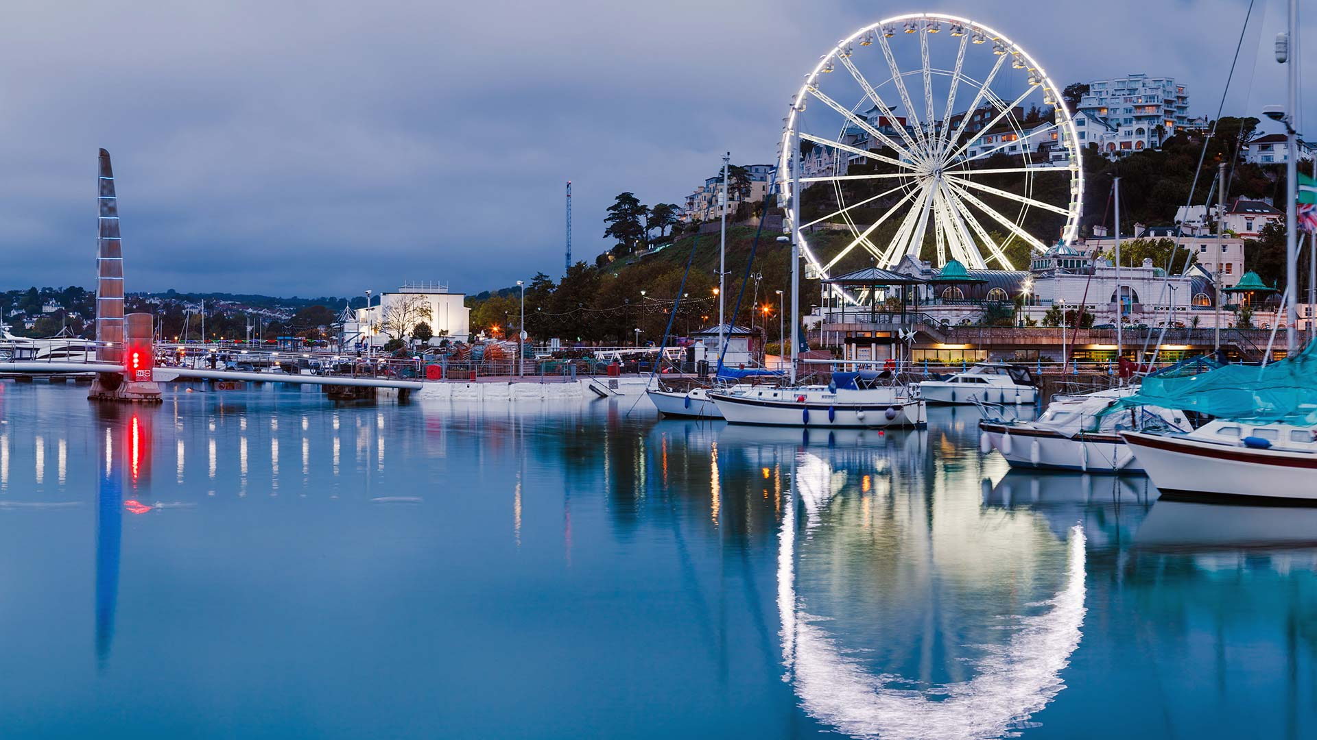 Panorama to illustrate dating in torquay