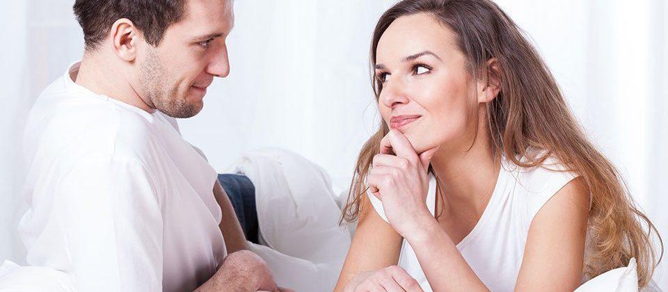 Oversharing couple