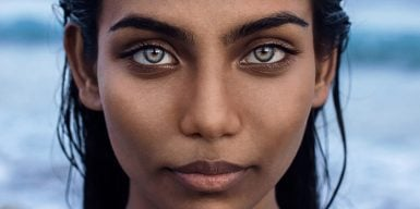 Close up woman as symbol for eye contact attraction